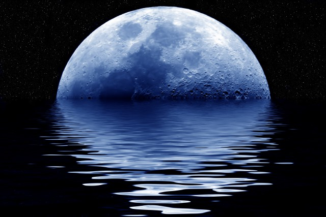 _Blue_Moon_Rising