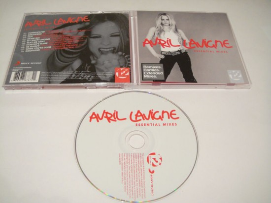 00-avril_lavigne-essential_mixes-2010-proof-caheso