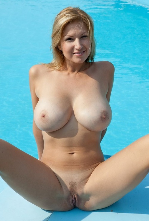 Video dump large huge breasts