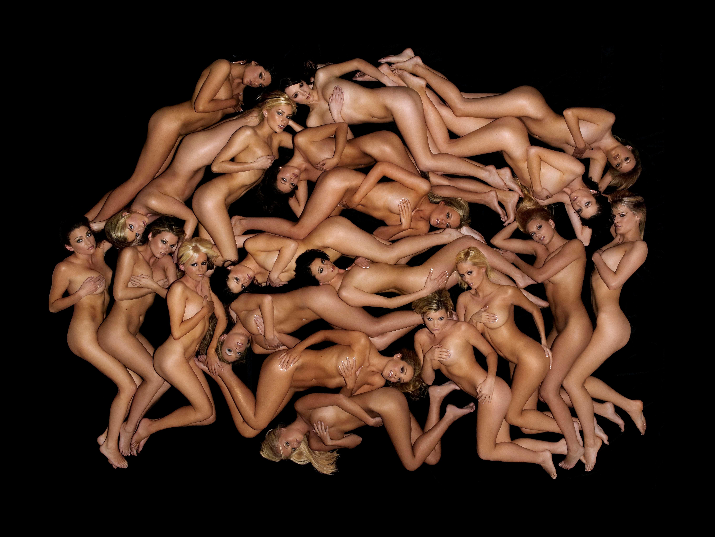 Рассматривать голых девушек 9 фотография
