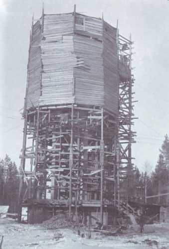 Белая башня.jpg