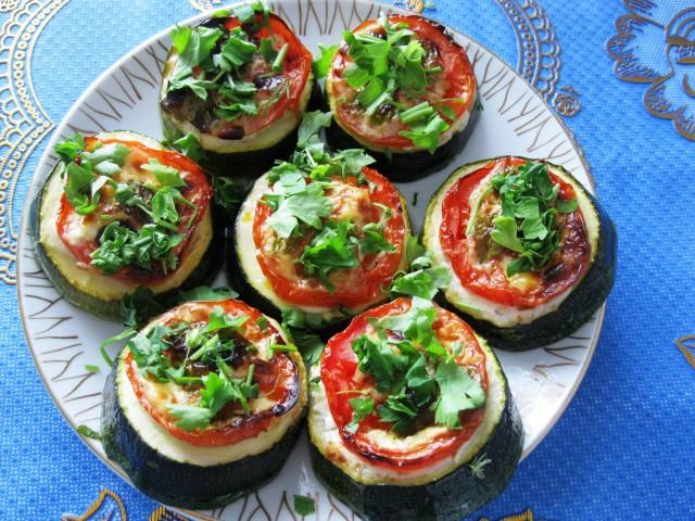 кабачки жареные с помидорами рецепты с фото