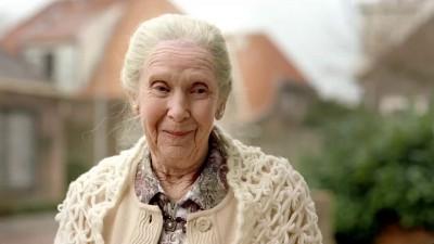 Не бит, не крашен, бабушка в церковь по воскресеньям ездила...