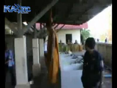 монах повесился