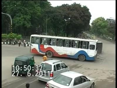 Столкновение автобусов в Индии