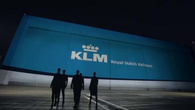 Unboxing the new KLM Boeing 787 Dreamliner
