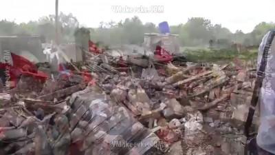 Владимир Сухарев-И сдаются в плен укропы.