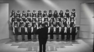 Большой детский хор Взвейтесь кострами синие ночи