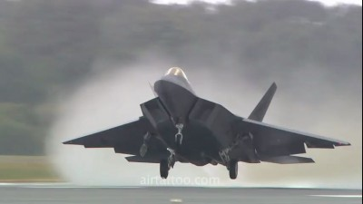 F22 Raptor Take-off at RIAT 2010