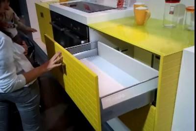 Push-up система для выдвижных полочек/шкафчиков