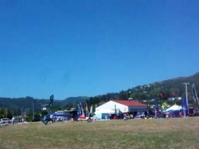 I Quad trick kite flying