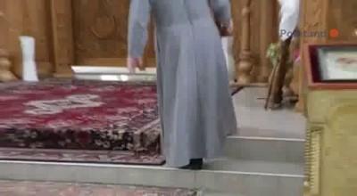 В молдавской церкви используют модные пылесосы