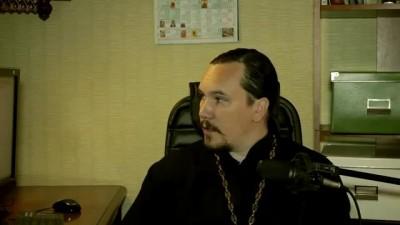 Священник Максим Курленко о доходах