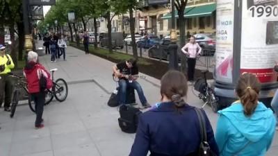 Уличный музыкант Санкт Петербург 2013