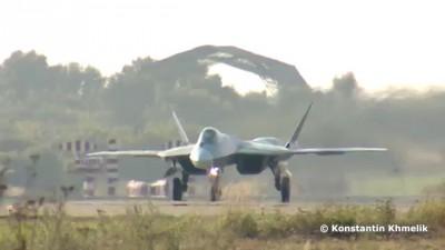 Сухой Т-50 ПАК ФА МАКС 2013 солнечно Sukhoi T-50 PAK FA MAKS 2013 sunny