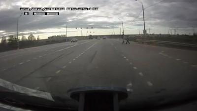 Переход на автотрассе