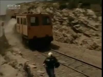 Мужик и вагонетка