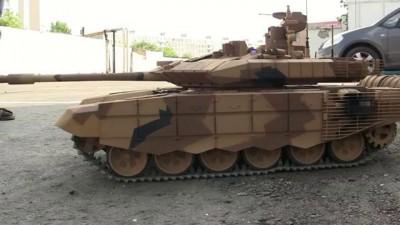 Российский танк Т-90 см