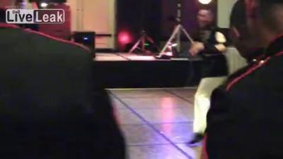 Морпехи танцуют