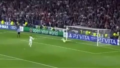 Sergio Ramos ball hits Felix Baumgartner