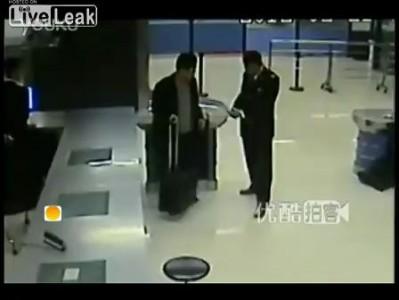 Китайцы и контрабанда айфонов