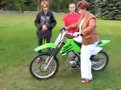 Never let Mom ride the motorcycle (crash)