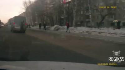 Зацепом на маршрутке, Омск