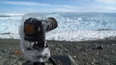 Откололся большой кусок льдины