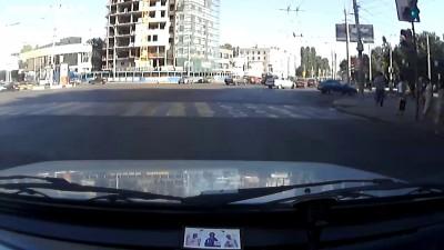 Неожиданный поворот налево