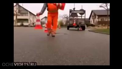 Что делают немцы, когда люк проседает на 2 см