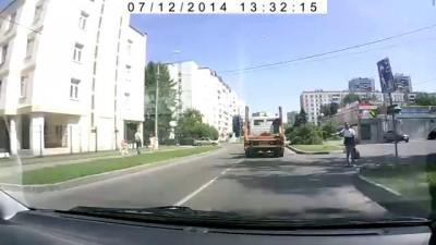 Грузовик переехал велосипедистку в Зеленограде