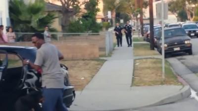 Полицейский пристрелил пса