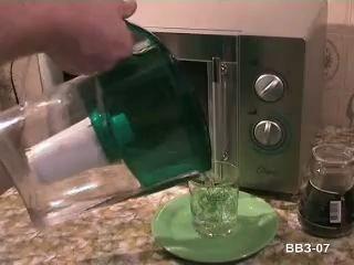 Перегретая вода из СВЧ-печки