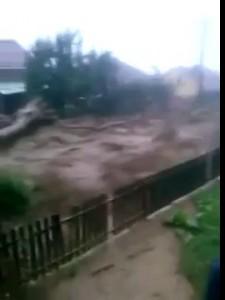 Адский поток в Карачаево-Черкесии.