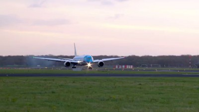 KLM's first Boeing 787 Dreamliner lands at Schiphol