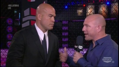 Александр Шлеменко проведет бой в клетке с экс-чемпионом UFC, народным чемпионом, как его принято на