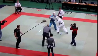 Судья отпиздил двух бойцов