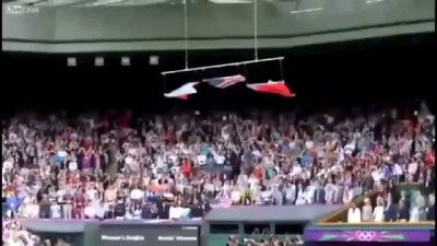 американский флаг упал