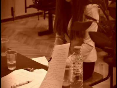 Студентка РГГУ сдаёт экзамен по Истории