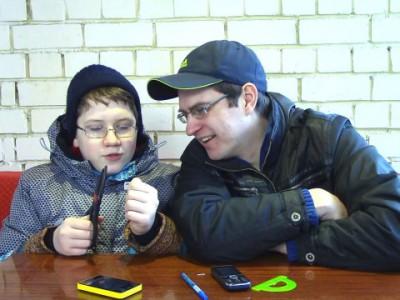 Как сделать из сим карты микросим - Отец и Сын №78