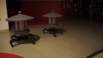 Toro-bots – ходячие лампы для освещения сада