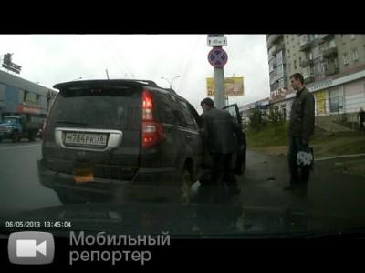 Автомобиль уехал с места ДТП в г. Рыбинск