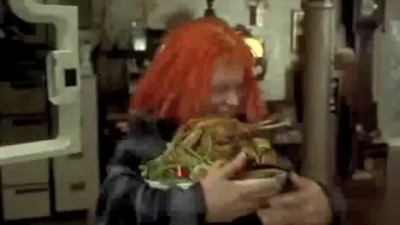 "The Fifth Element - "" Cheekan ! ... Good ! "" ( Leeloo Eats Whole Chickens Scene )"