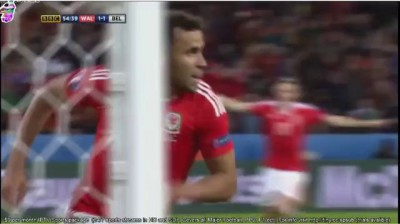 Wales lead in their first QF since 1958.