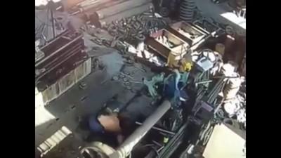 อุบัติเหตุจากการทำงานร่วมกับเครื่องจักร