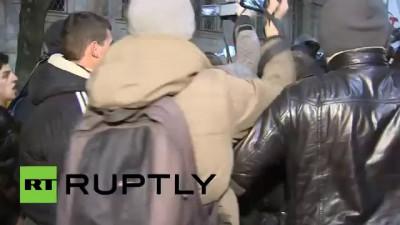 Порошенка выгнали из Крыма! Или как убегал Порошенко