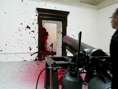 "Anish Kapoor ""Shooting into the Corner"""