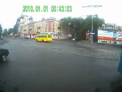 ДТП трамвая с Тролейбусом 25.08.2013 Авария