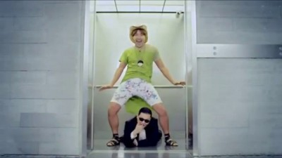 Chuck Norris vs Gangnam Style