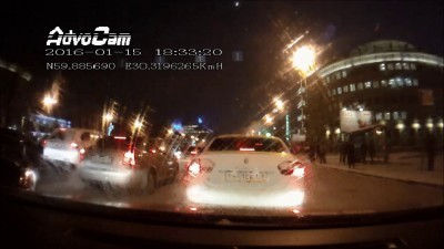 Авария на перекрестке Московского проспекта и Рощинской улицы СПб